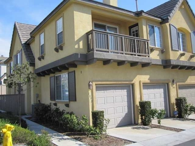 Chula Vista Attached For Sale: 1870 Rouge Dr