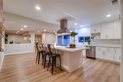 Single Family Home For Sale: 4027 Old Orchard Lane