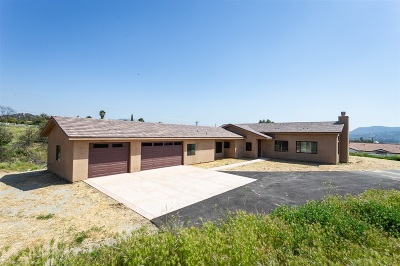 Valley Center Single Family Home For Sale: 15050 Kensal Ct