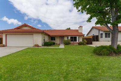 Single Family Home For Sale: 4708 Lofty Grove