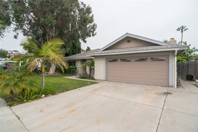 Oceanside Single Family Home For Sale: 3186 Mira Mesa Ave