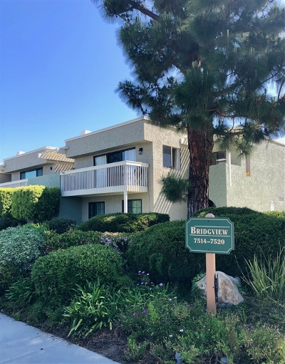 Carlsbad Townhouse For Sale: 7514 Jerez Ct #D