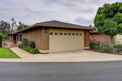 Escondido Townhouse For Sale: 8629 Circle R Valley Lane