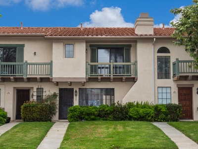 Carlsbad Townhouse For Sale: 6943 Peach Tree Rd