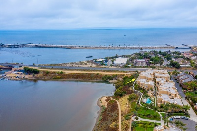 Carlsbad Attached For Sale: 4025 Canario St. #241