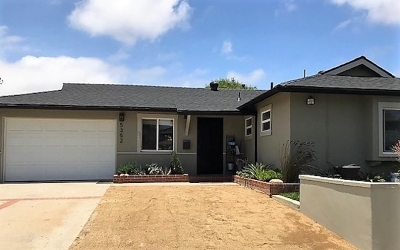 San Diego Single Family Home For Sale: 5352 Lodi St