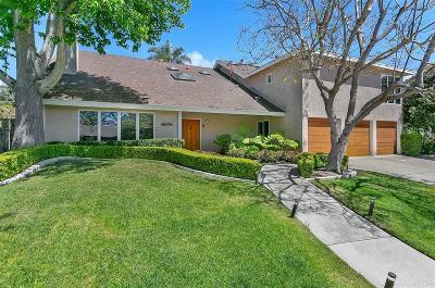La Jolla Single Family Home For Sale: 8695 Cliffridge Ave