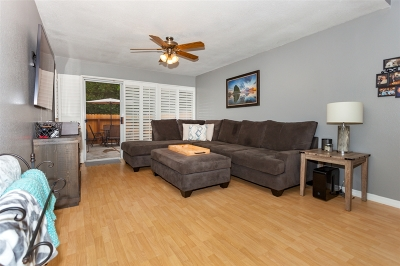 Oceanside Townhouse For Sale: 1488 Chaparral Way