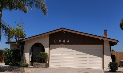 Single Family Home For Sale: 9944 Las Conicas