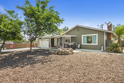 Fallbrook Single Family Home For Sale: 2336 Rainbow Glen Rd