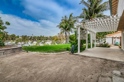 Oceanside Single Family Home For Sale: 1649 Havenwood Drive