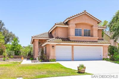 Murrieta, Temecula Single Family Home For Sale: 39968 Milkwood Ln