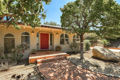 Single Family Home For Sale: 1154 Via Valle Vista