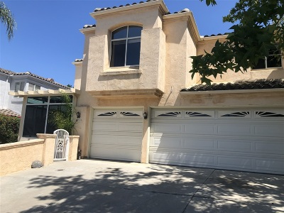 Vista Single Family Home For Sale: 1549 Sapphire