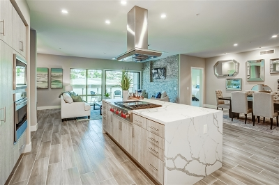 San Diego Attached For Sale: 3025 Byron St #207