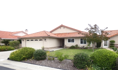 Fallbrook Single Family Home For Sale: 942 Ridge Heights Drive