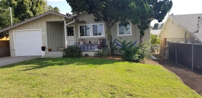 Fallbrook Single Family Home For Sale: 523 Womack