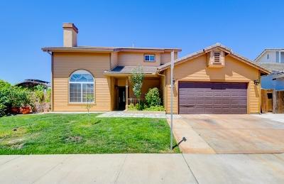 Poway Single Family Home For Sale: 12900 Meadow Glen Way