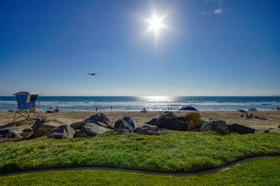 Imperial Beach Attached For Sale: 1230 Seacoast Dr #5