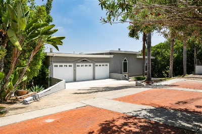 Oceanside Single Family Home For Sale: 130 Lotus Street