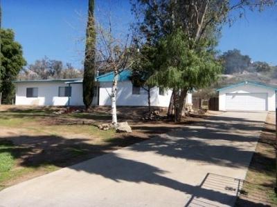 Ramona Single Family Home For Sale: 312 Feghali Rd