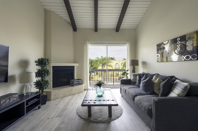 Carlsbad Attached For Sale: 3004 La Costa Ave #B