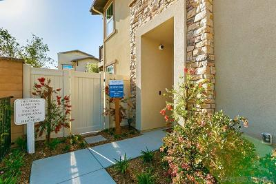 Carlsbad Townhouse For Sale: 3278 Vestra Way