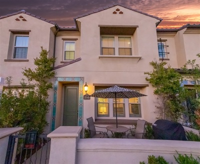 Attached For Sale: 15949 Parkview Loop