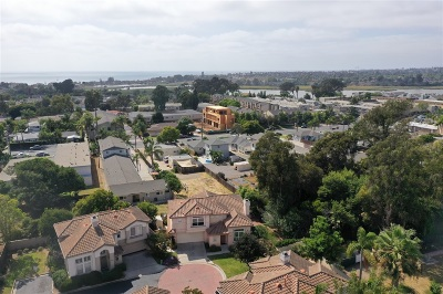 Carlsbad Single Family Home For Sale: 2616 Cabrillo Pl