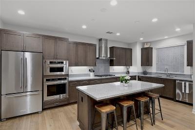 San Diego Single Family Home For Sale: 16215 Camden Cir