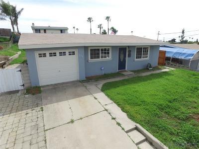 Chula Vista Single Family Home For Sale: 228 E Orlando St