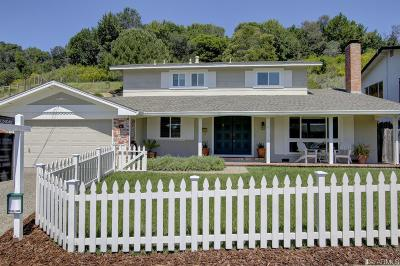 Marin County Single Family Home For Sale: 61 Maplewood Dr