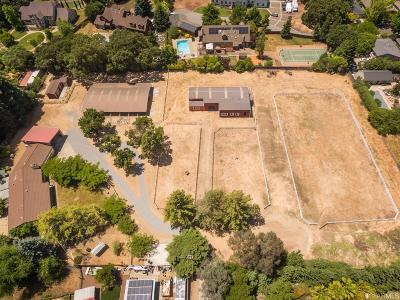 Marin County Single Family Home For Sale: 571 Mcclay Rd