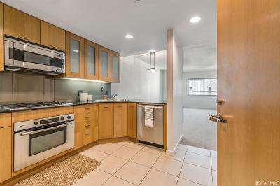 San Francisco Condo/Townhouse For Sale: 333 1st St #N906