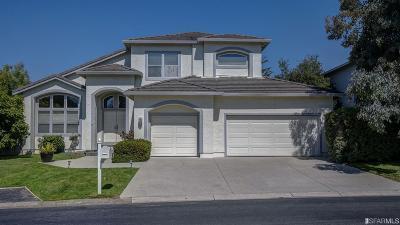 Half Moon Bay Single Family Home For Sale: 453 Fairway Dr