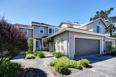 Daly City Condo/Townhouse For Sale: 206 Greenview Dr