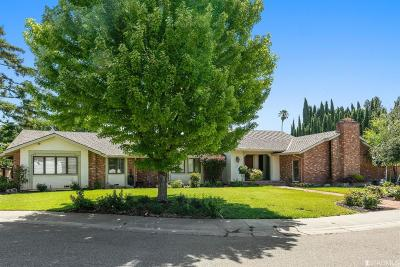 Solano County Single Family Home For Sale: 230 Fernwood Way Way