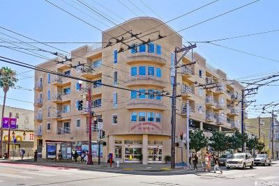 Condo/Townhouse For Sale: 2208 Mission St #404