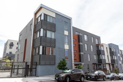 San Francisco Condo/Townhouse For Sale: 555 Innes Ave #311