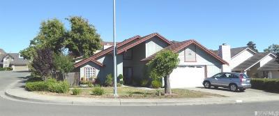 Single Family Home For Sale: 419 Mcgrue Cir Cir