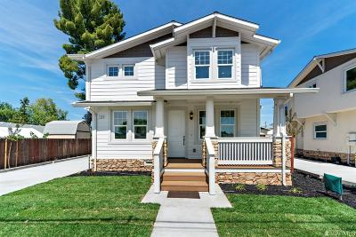 Alameda County Single Family Home For Sale: 738 N P St
