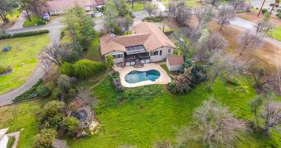 Redding CA Single Family Home For Sale: $345,000