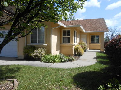 Redding CA Single Family Home For Sale: $269,000