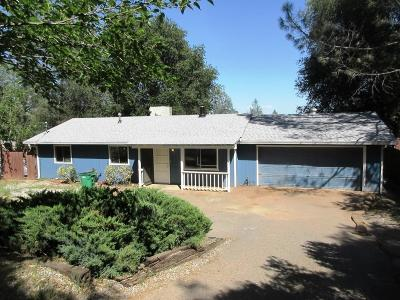 Redding CA Single Family Home For Sale: $195,000