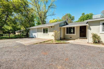 Anderson Single Family Home For Sale: 22050 Reading Dr
