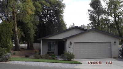 Shasta Lake Single Family Home For Sale: 4860 Front St