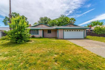 Redding CA Single Family Home For Sale: $199,900