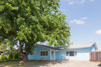 Redding CA Single Family Home For Sale: $219,900
