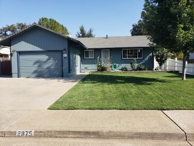 Single Family Home For Sale: 2875 Fern St