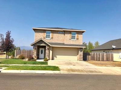 Redding CA Single Family Home For Sale: $379,800